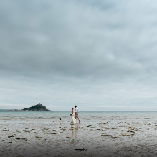 Beach wedding photos cornwall-