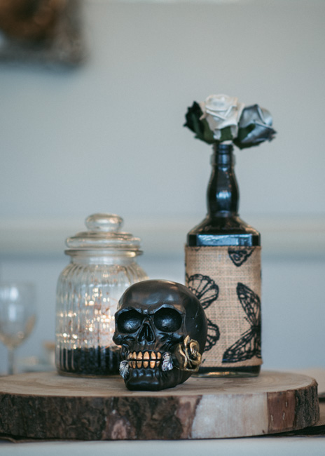 Skull center pieces