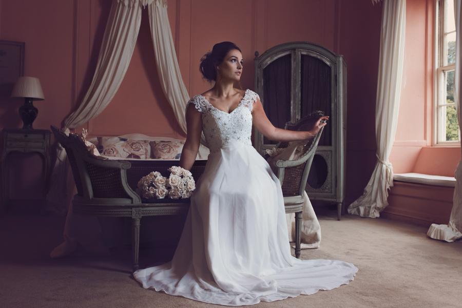 Georgian bride, rococo trereife house